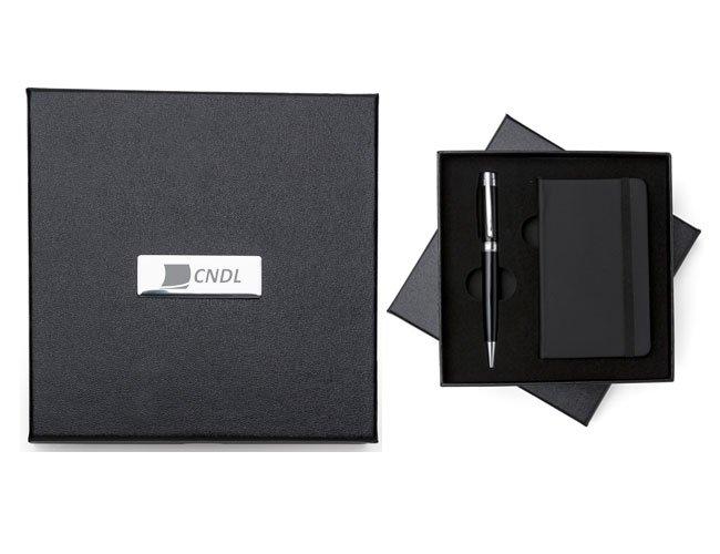 http://www.favoritabrindes.com.br/content/interfaces/cms/userfiles/produtos/kit-executivo-promocional-personalizado-para-eventos-ce05-106.jpg