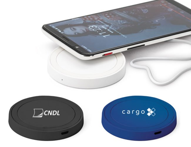 http://www.favoritabrindes.com.br/content/interfaces/cms/userfiles/produtos/power-bank-carregador-wireless-de-celular-promocional-personalizado-pw43-163.jpg